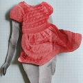 flattere-rosa-strickkleidchen_2005_34x32cm-objektrahmen_hp