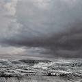 Heike Negenborn, Wißberg im Schnee, 2017, Acryl auf Holz, 64 x 76 cm